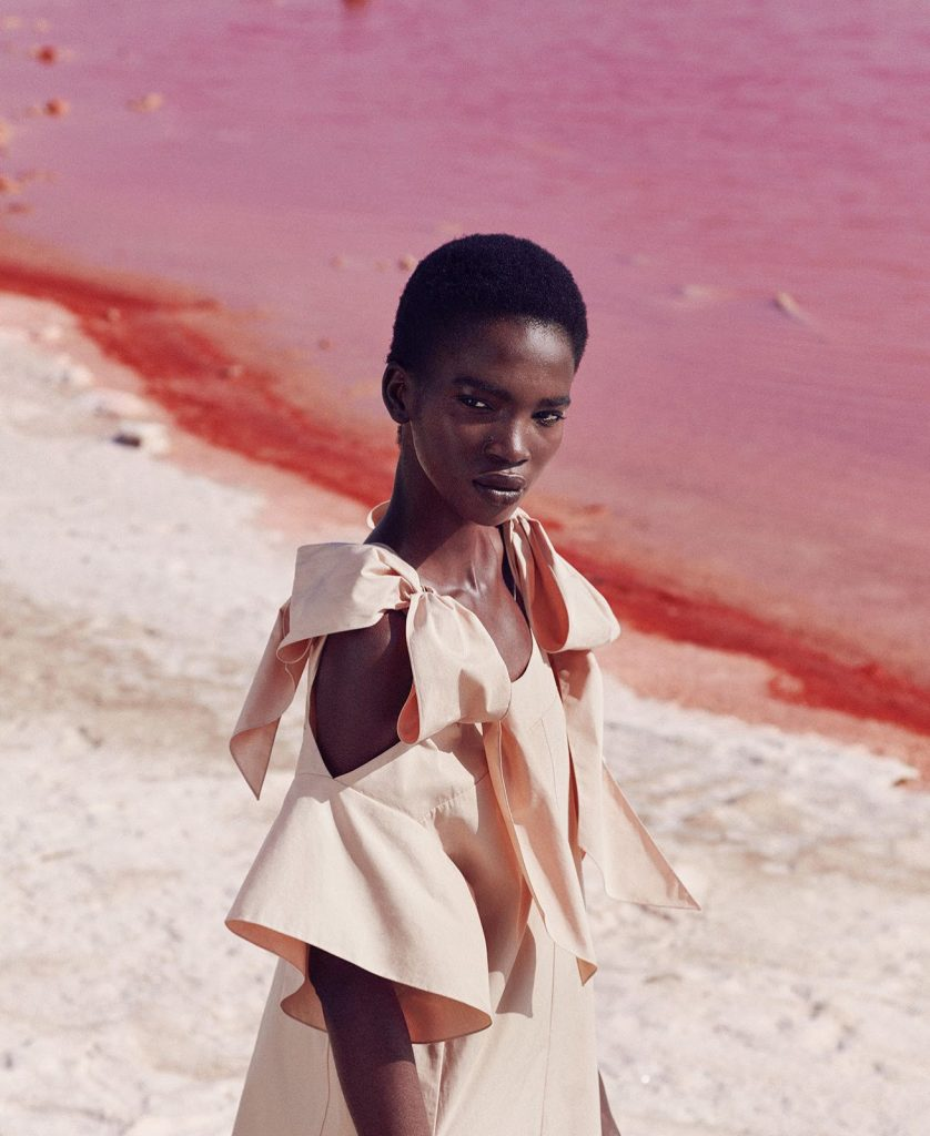 aamito-lagum-by-daniel-riera-for-harpers-bazaar-us-december-2016-5
